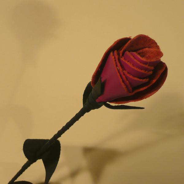 Leder-Rose, schwarz/pink