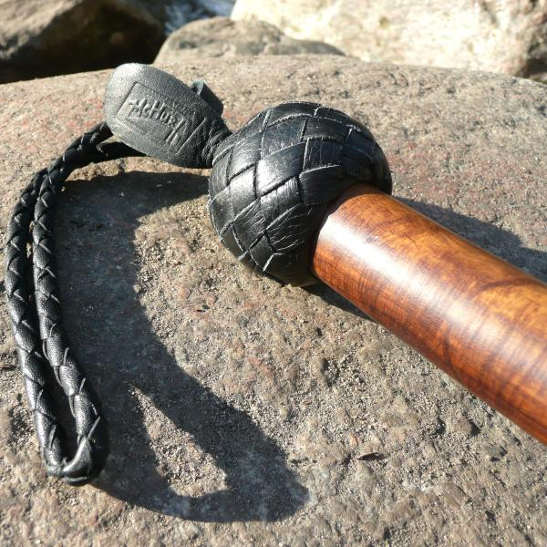 Kantschu mit Turban-Holzgriff