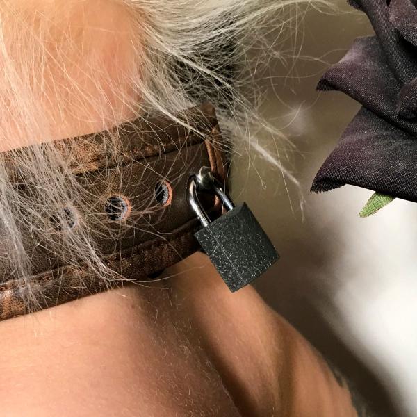 """""""Wotan"""" - Halsband abschließbar, antique-braun"""