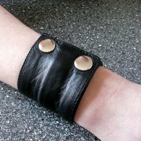 Geldbörsen-Armband, schwarz